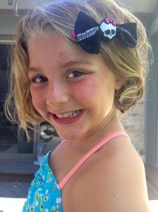 Miami Mini Me and her fabulous hair bow.