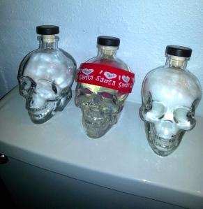 Skull gussy up.